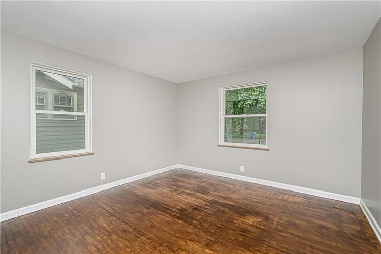 6124 ROSSLYN Avenue Indianapolis, IN 46220 | MLS 21647189 | photo 14