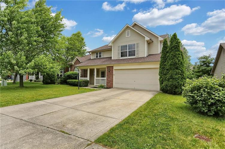 13029 TEESDALE Court Fishers IN 46038 | MLS 21647280 | photo 1