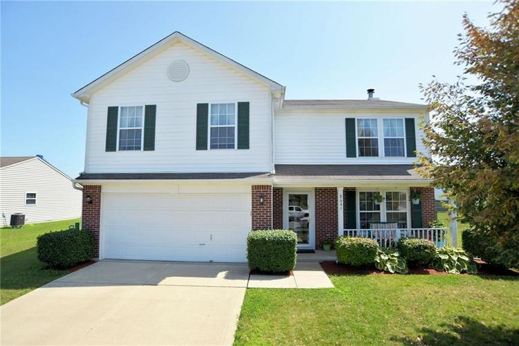 8641 Baypointe Drive Avon, IN 46123 | MLS 21647287 | photo 1
