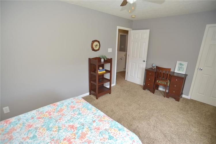 8641 Baypointe Drive Avon, IN 46123 | MLS 21647287 | photo 20