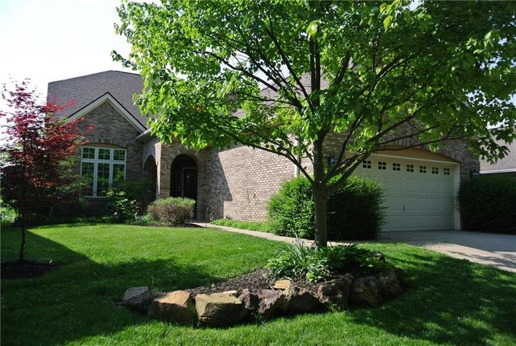 8932 Crystal River Drive Indianapolis, IN 46240 | MLS 21647312 | photo 1