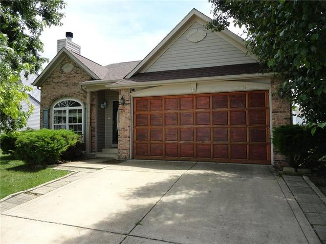 6211 E Runnymede Court Camby, IN 46113 | MLS 21647344