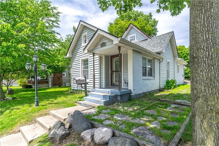 5210 E North Street Indianapolis, IN 46219 | MLS 21647393