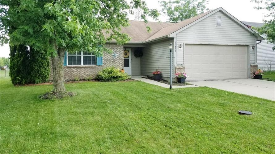 11853 E SHANNON POINTE Road Indianapolis, IN 46229 | MLS 21647430 | photo 1