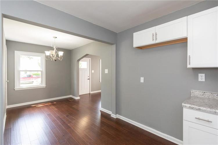 4941 N RALSTON Avenue Indianapolis, IN 46205 | MLS 21647462 | photo 4