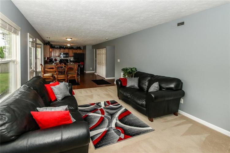 6050 HONEYWELL Drive Indianapolis, IN 46236   MLS 21647540   photo 12