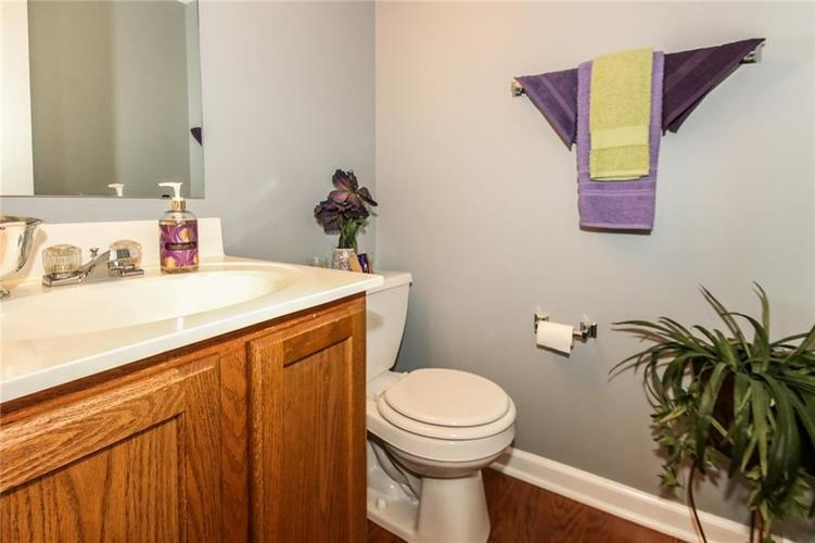 6050 HONEYWELL Drive Indianapolis, IN 46236   MLS 21647540   photo 13