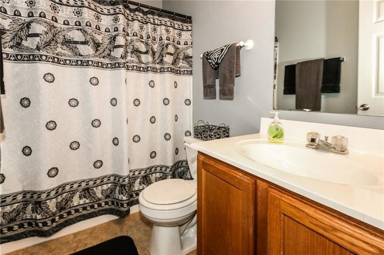 6050 HONEYWELL Drive Indianapolis, IN 46236   MLS 21647540   photo 22