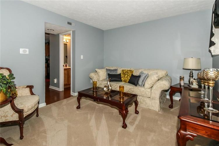 6050 HONEYWELL Drive Indianapolis, IN 46236   MLS 21647540   photo 4