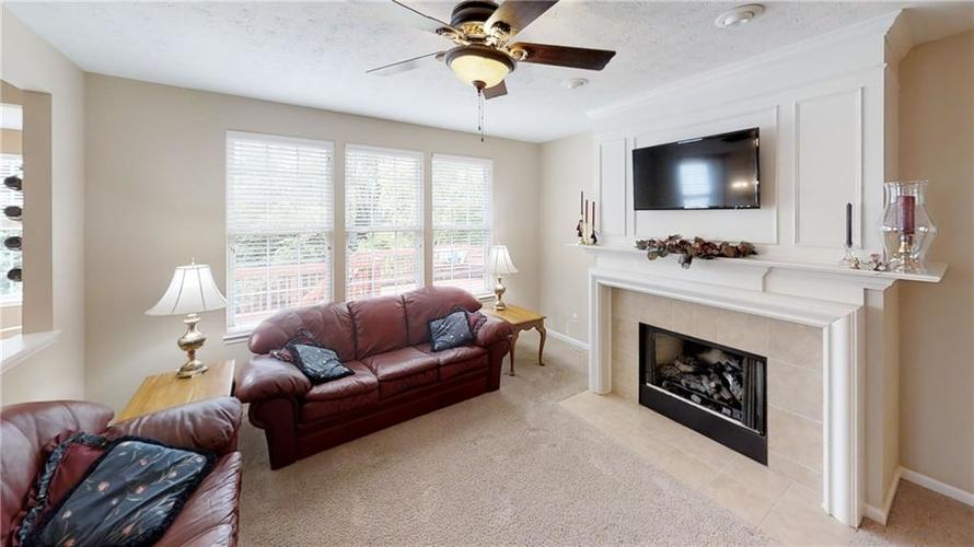 13133 Cresswell Place Fishers, IN 46037   MLS 21647639   photo 3