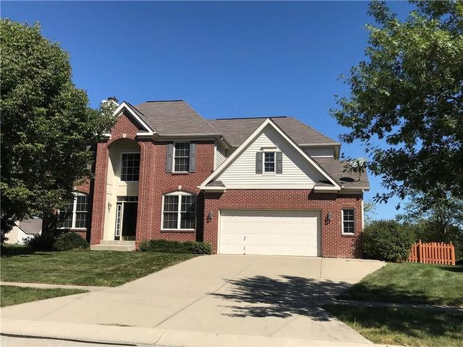 8814  Amber Stone Court Zionsville, IN 46077 | MLS 21647702