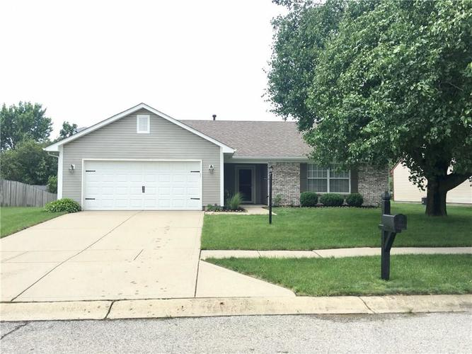 8002 SUGAR BERRY Court Indianapolis, IN 46236 | MLS 21647741 | photo 1