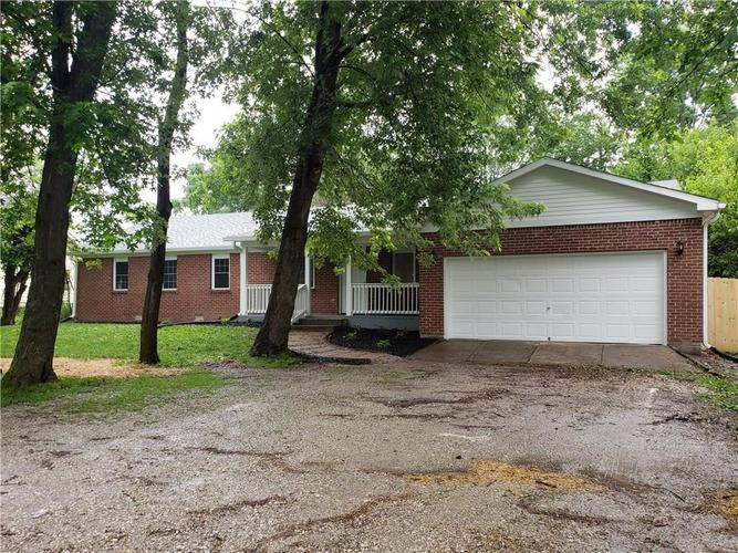 8212 E 10th Street Indianapolis, IN 46219   MLS 21647762   photo 1