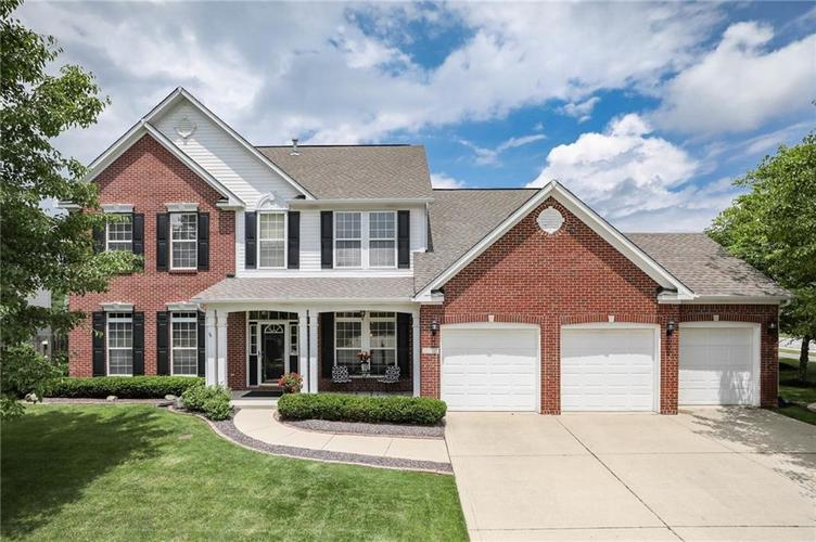 10470 Meadow Lake Dr Fishers, IN 46038 | MLS 21647794 | photo 1