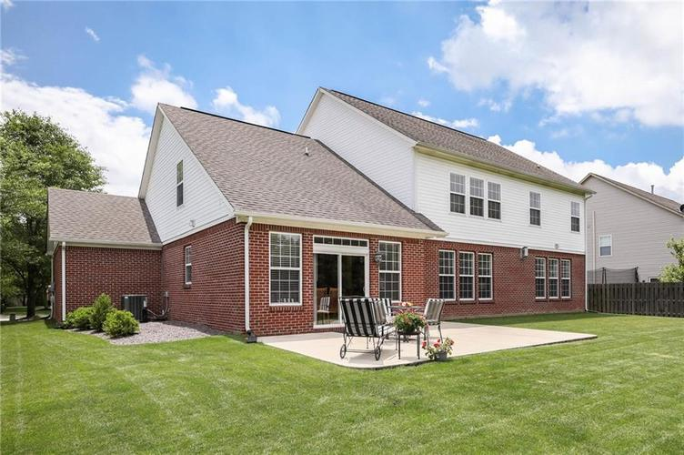 10470 Meadow Lake Dr Fishers, IN 46038 | MLS 21647794 | photo 44