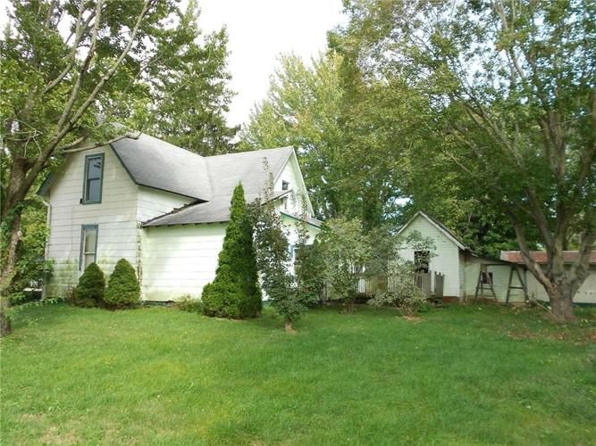 303 E Forest Home Street Roachdale, IN 46172 | MLS 21647800 | photo 2