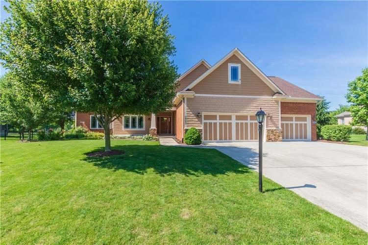 5965  Hickory Woods Drive Plainfield, IN 46168 | MLS 21647832