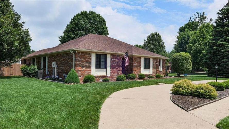 1406 Iron Liege Road Indianapolis, IN 46217 | MLS 21647900 | photo 44