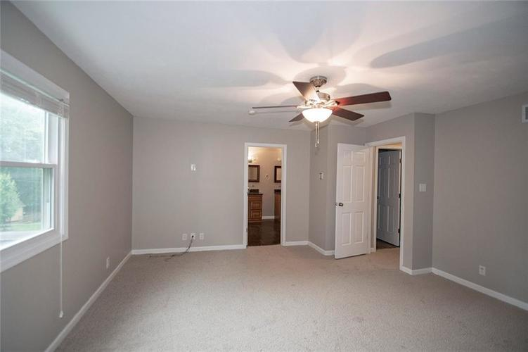 8539 Thornhill Drive Indianapolis, IN 46256 | MLS 21647917 | photo 27