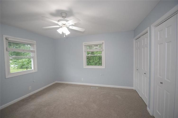 8539 Thornhill Drive Indianapolis, IN 46256 | MLS 21647917 | photo 36