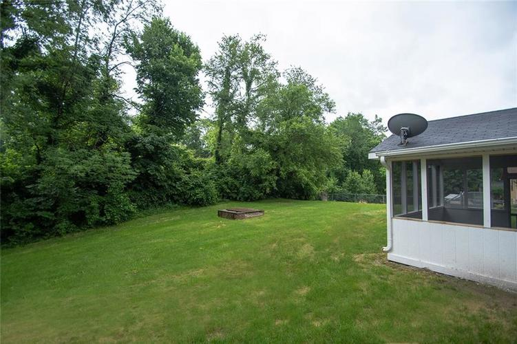 8539 Thornhill Drive Indianapolis, IN 46256 | MLS 21647917 | photo 46