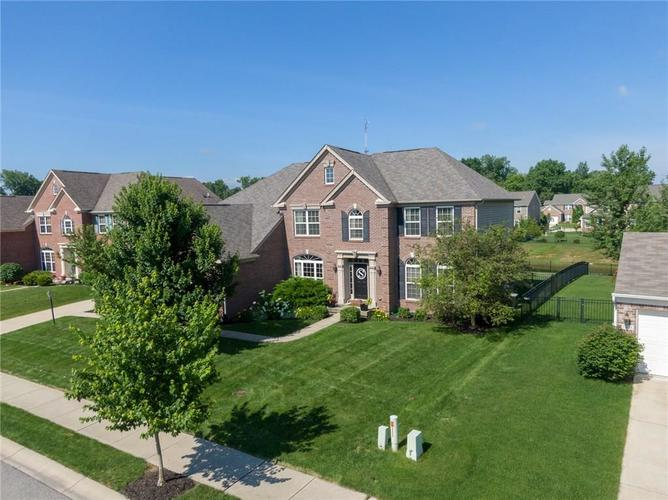 12314 Westmorland Drive Fishers, IN 46037 | MLS 21647956 | photo 1