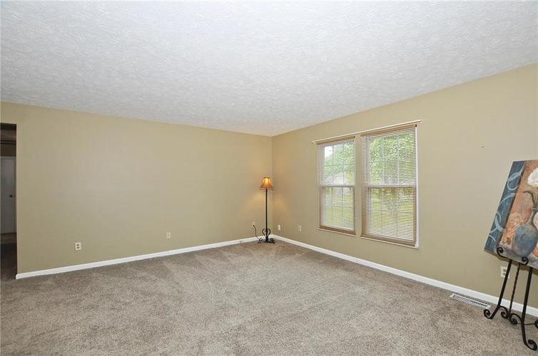 7746 Winding Creek Place Indianapolis, IN 46236 | MLS 21648011 | photo 10