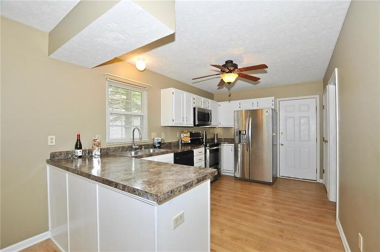 7746 Winding Creek Place Indianapolis, IN 46236 | MLS 21648011 | photo 14