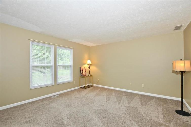 7746 Winding Creek Place Indianapolis, IN 46236 | MLS 21648011 | photo 17