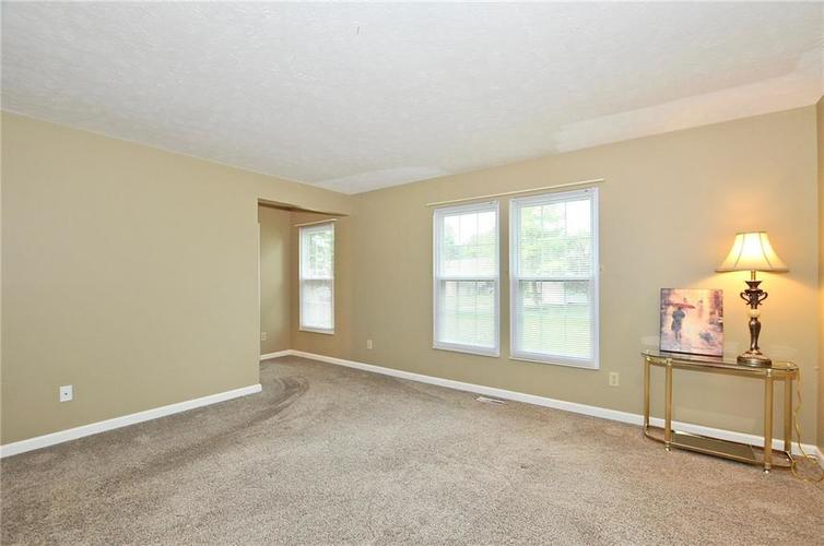 7746 Winding Creek Place Indianapolis, IN 46236 | MLS 21648011 | photo 18
