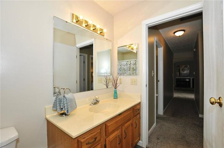 7746 Winding Creek Place Indianapolis, IN 46236 | MLS 21648011 | photo 29