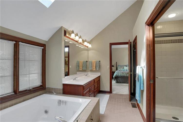 11971 Promontory Court Indianapolis, IN 46236 | MLS 21648024 | photo 28