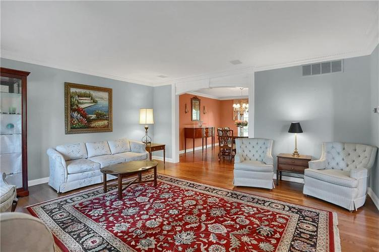 11971 Promontory Court Indianapolis, IN 46236 | MLS 21648024 | photo 8