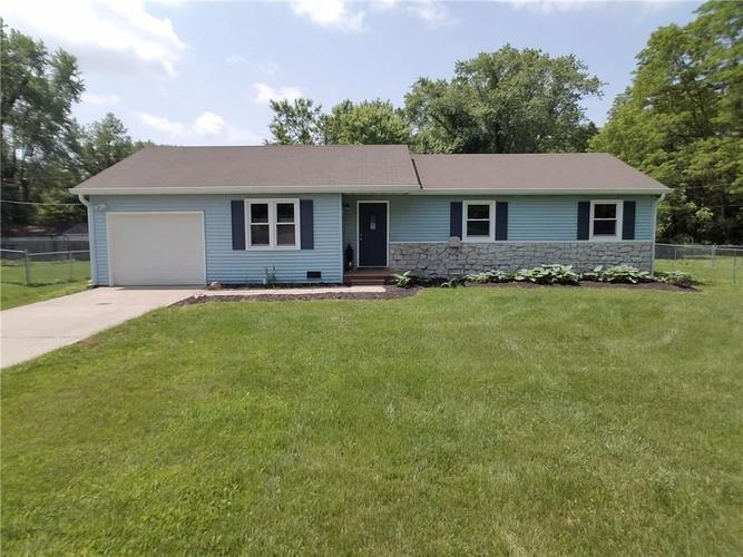 1 ENDSLEY Drive Mooresville, IN 46158 | MLS 21648033 | photo 1
