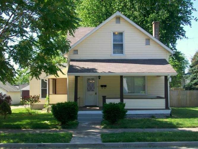 407 E COLLEGE Street Crawfordsville, IN 47933 | MLS 21648233 | photo 1