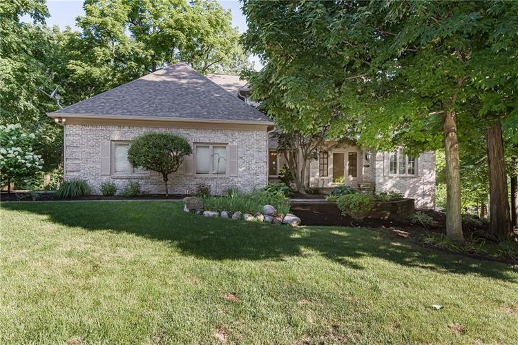 4638 HICKORY Court Zionsville, IN 46077 | MLS 21648271 | photo 1