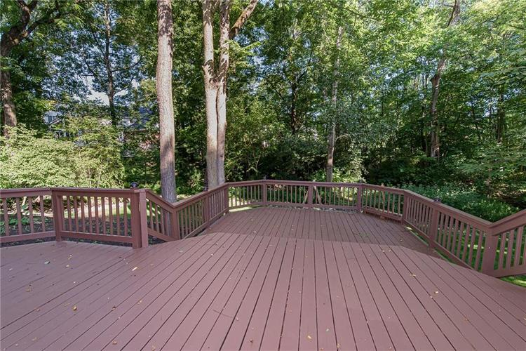4638 HICKORY Court Zionsville, IN 46077 | MLS 21648271 | photo 46
