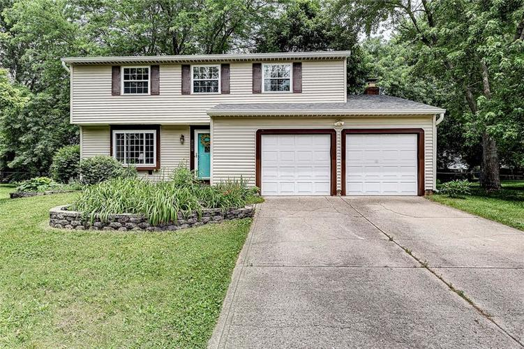 6018  THRUSHWOOD Drive Indianapolis, IN 46250 | MLS 21648348