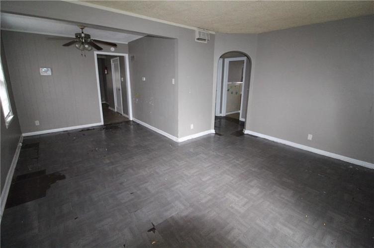 3905 N Tacoma Avenue Indianapolis, IN 46205 | MLS 21649420 | photo 10