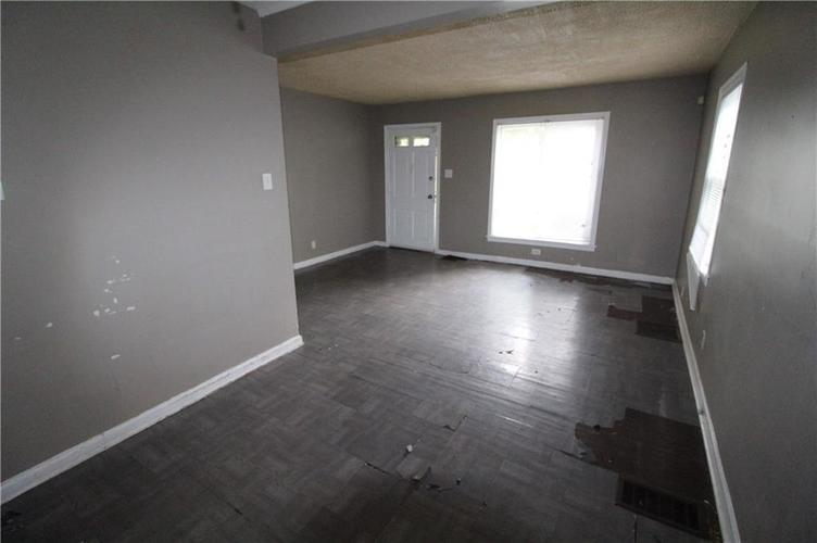 3905 N Tacoma Avenue Indianapolis, IN 46205 | MLS 21649420 | photo 11