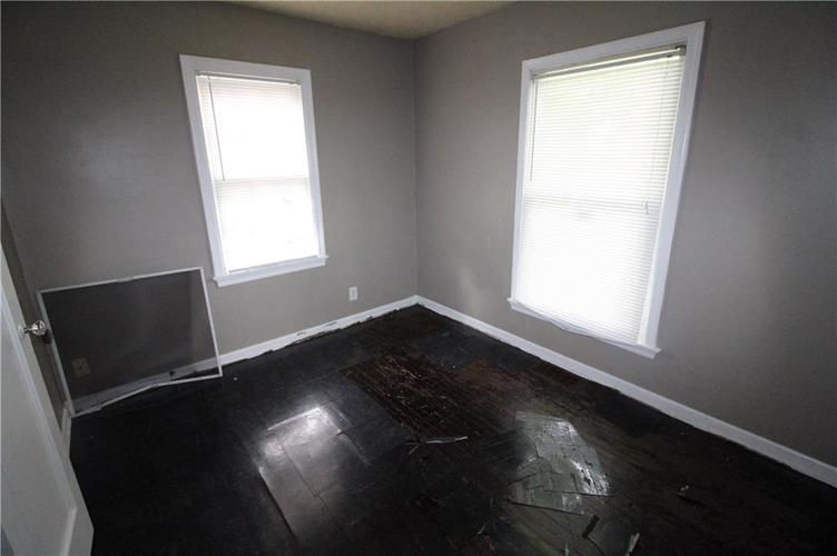 3905 N Tacoma Avenue Indianapolis, IN 46205 | MLS 21649420 | photo 12