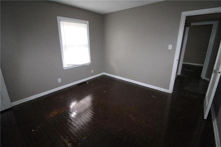 3905 N Tacoma Avenue Indianapolis, IN 46205 | MLS 21649420 | photo 17