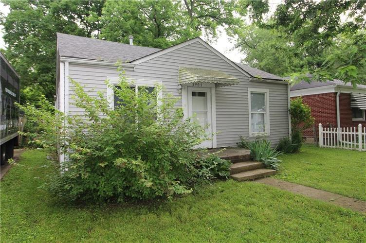 3905 N Tacoma Avenue Indianapolis, IN 46205 | MLS 21649420 | photo 2