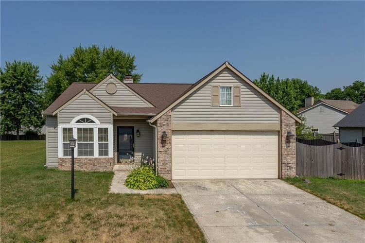 2710 Lucas Drive Westfield, IN 46074 | MLS 21649428 | photo 1