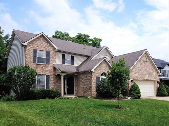 12342 GEIST COVE Drive Indianapolis, IN 46236 | MLS 21649484 | photo 1