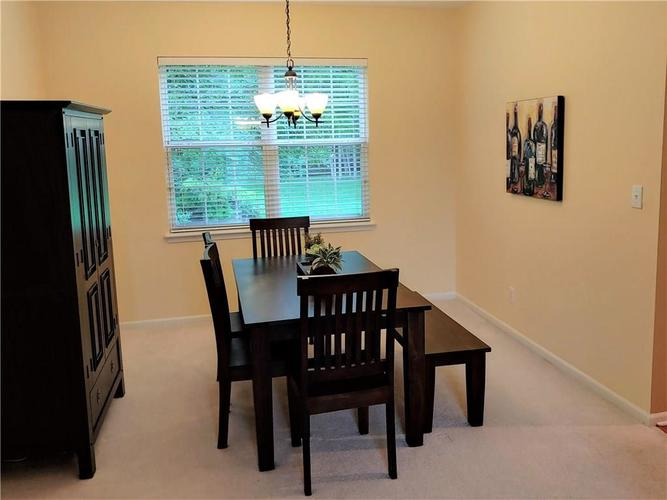 12342 GEIST COVE Drive Indianapolis, IN 46236 | MLS 21649484 | photo 10