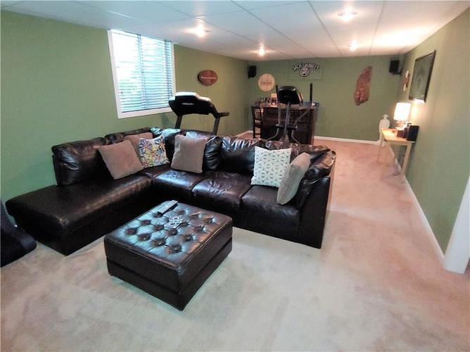 12342 GEIST COVE Drive Indianapolis, IN 46236 | MLS 21649484 | photo 35