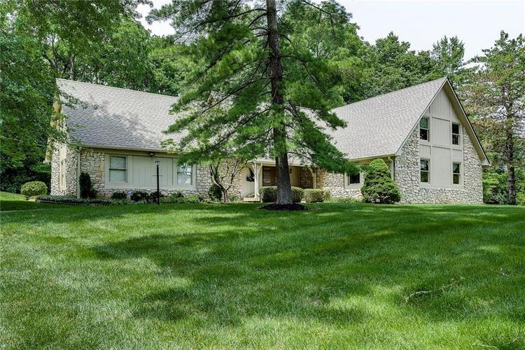 8324 Lookout Court Indianapolis, IN 46217 | MLS 21649508 | photo 1
