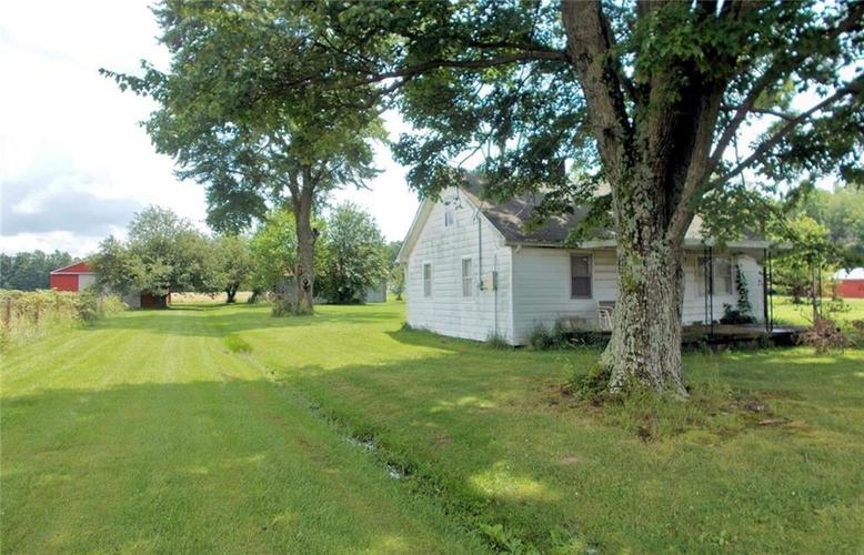 2510 N County Road 175  North Vernon, IN 47265   MLS 21649545
