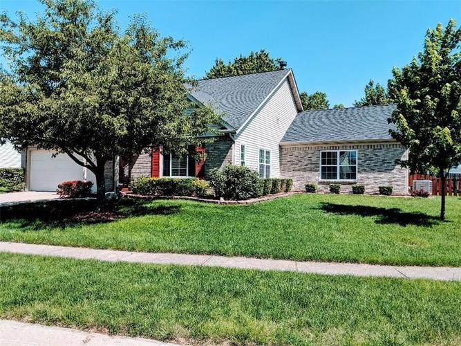 14920  Mia Drive Carmel, IN 46033 | MLS 21649755